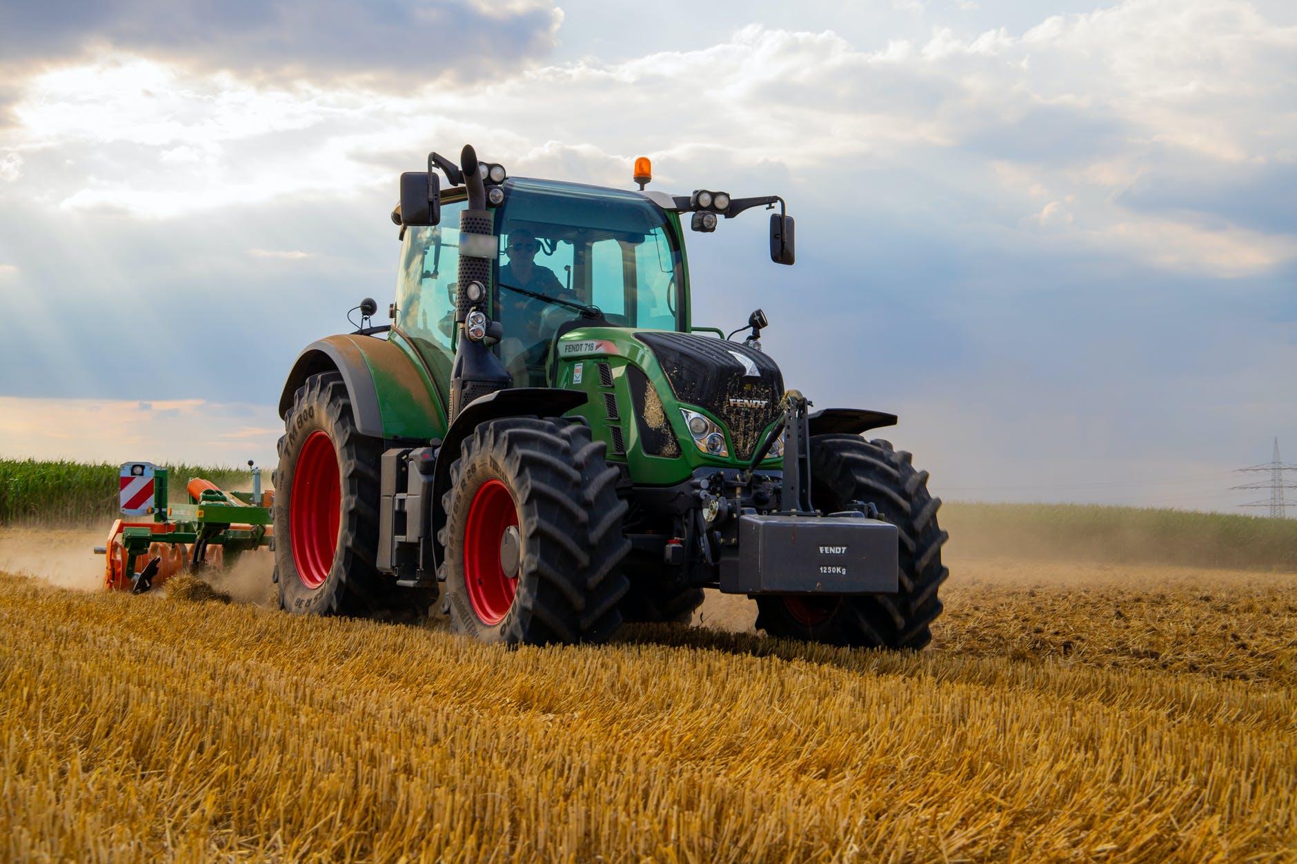 Consejos para el mantenimiento de tu tractor y ahorrar en el consumo de gasóleo.